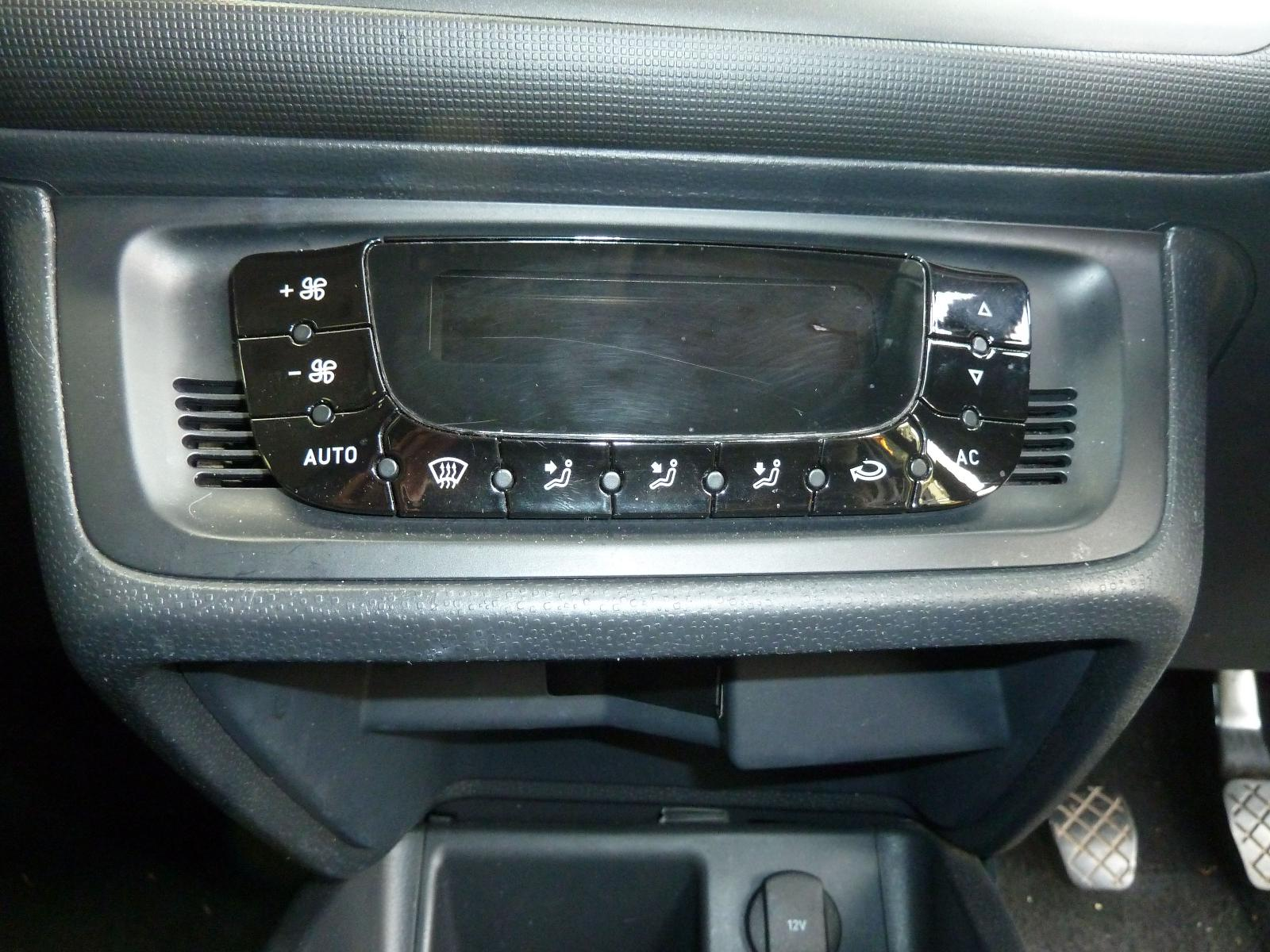 View Auto part Heater/AC Controller SEAT IBIZA 2010