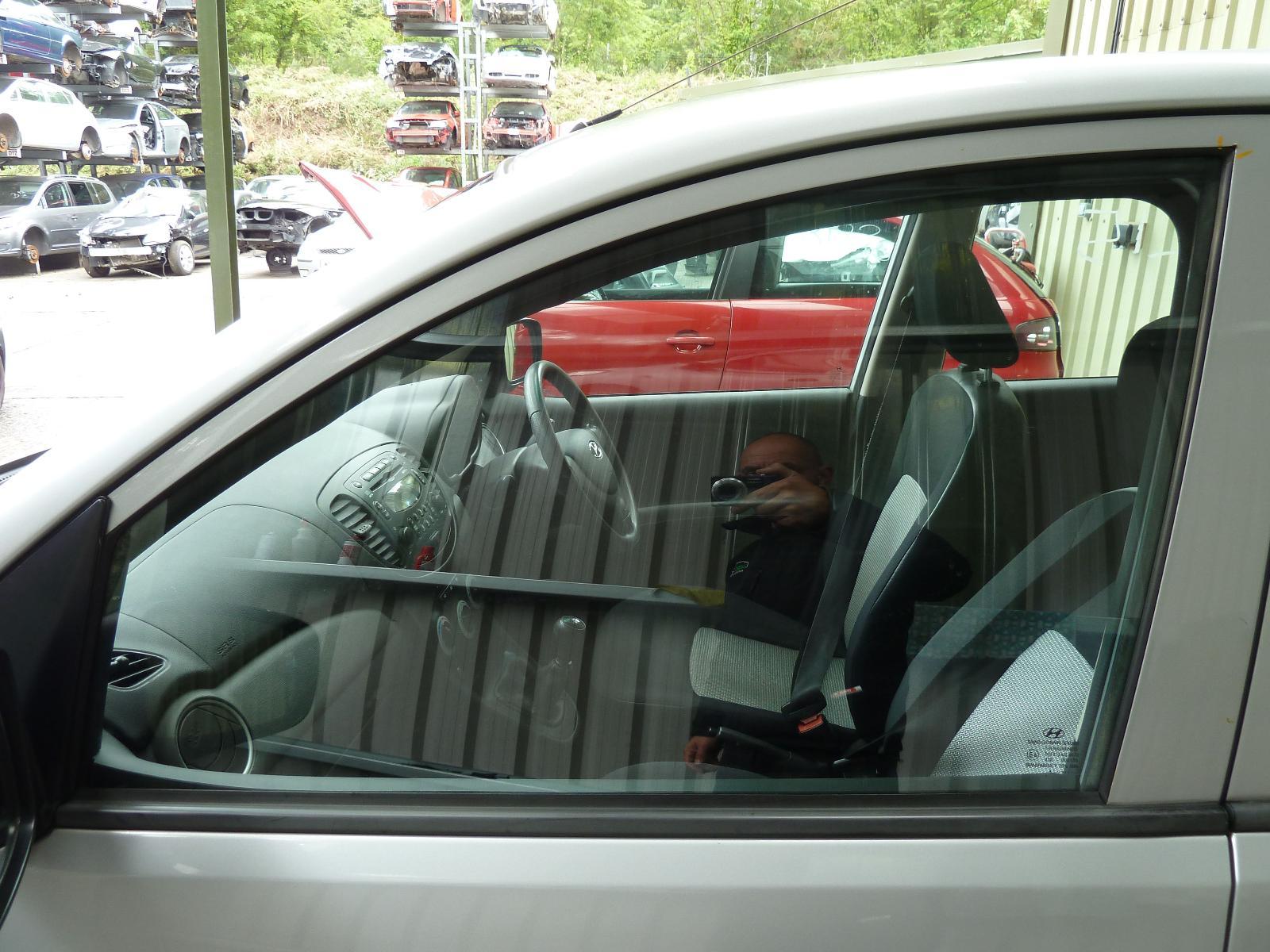 View Auto part LF Door Window HYUNDAI I10 2009