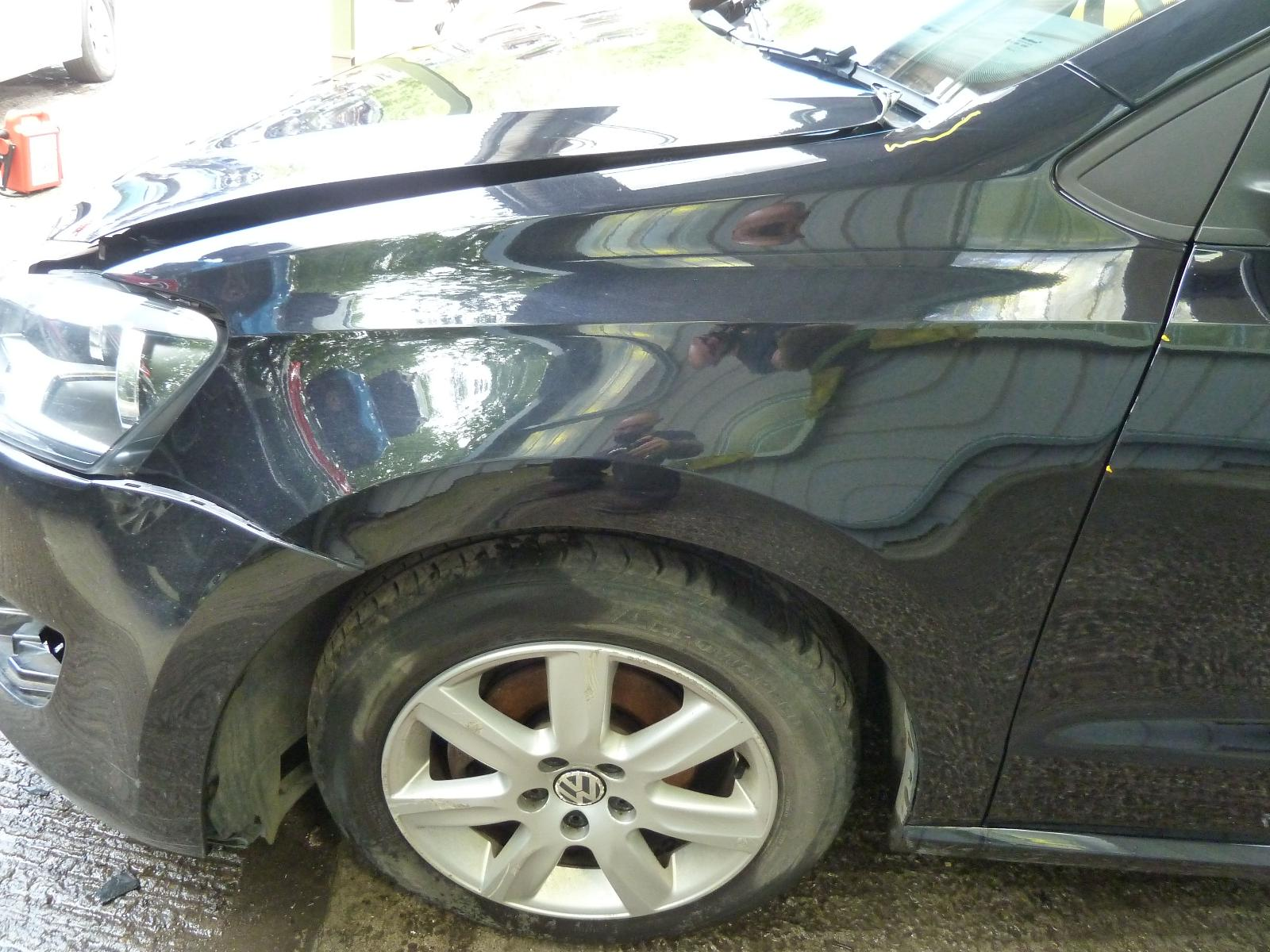 View Auto part L Wing VOLKSWAGEN POLO 2010