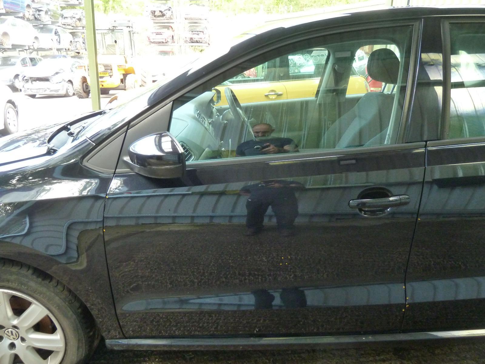 View Auto part L Front Door VOLKSWAGEN POLO 2010