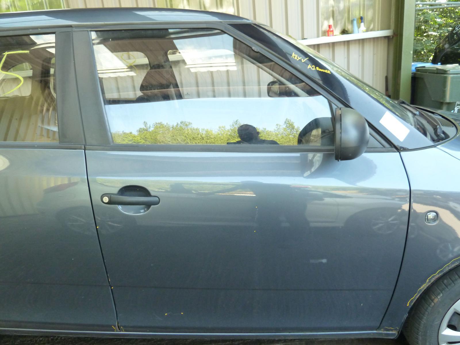 View Auto part R Front Door SKODA FABIA 2010