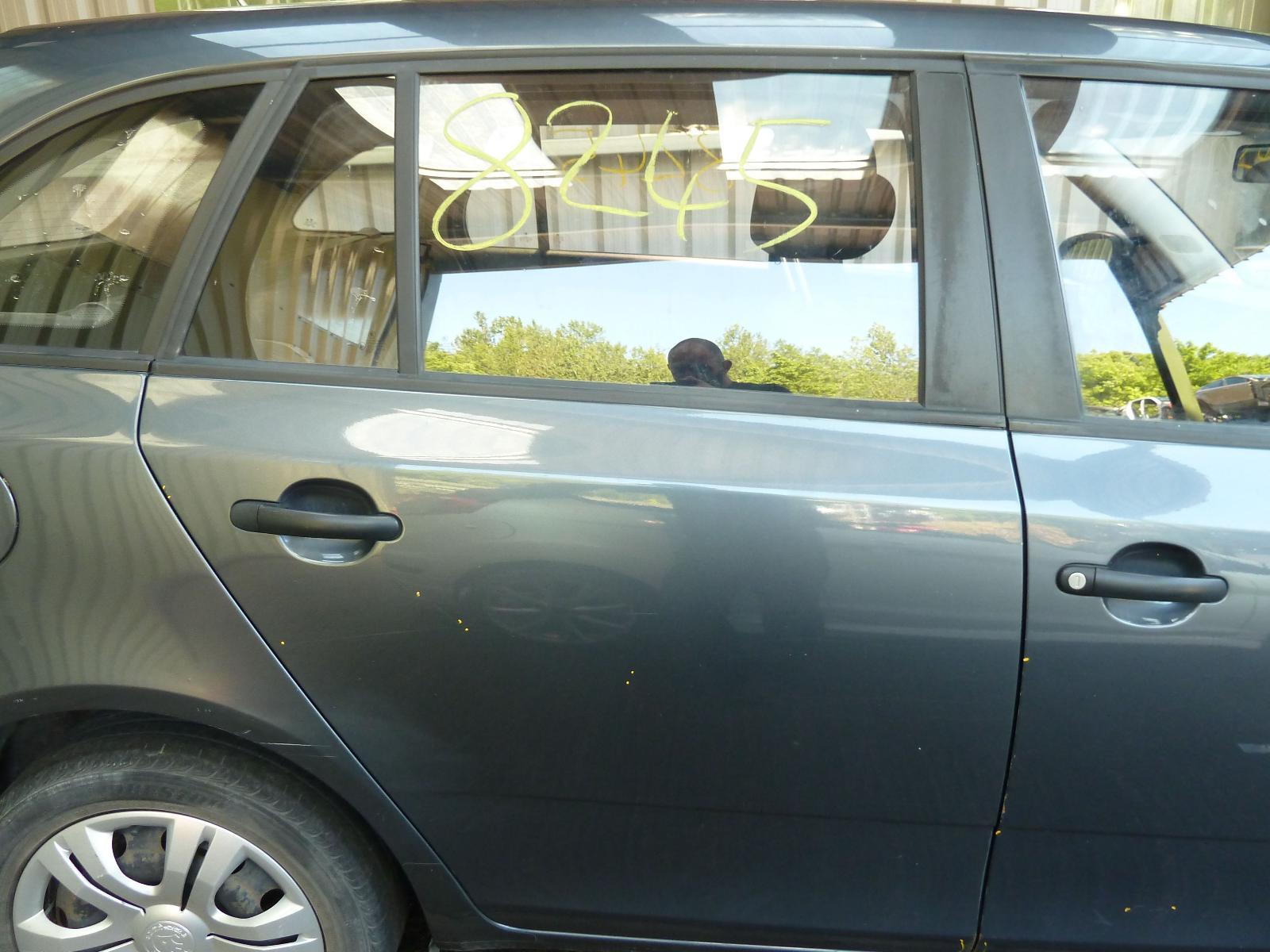 View Auto part R Rear Door SKODA FABIA 2010
