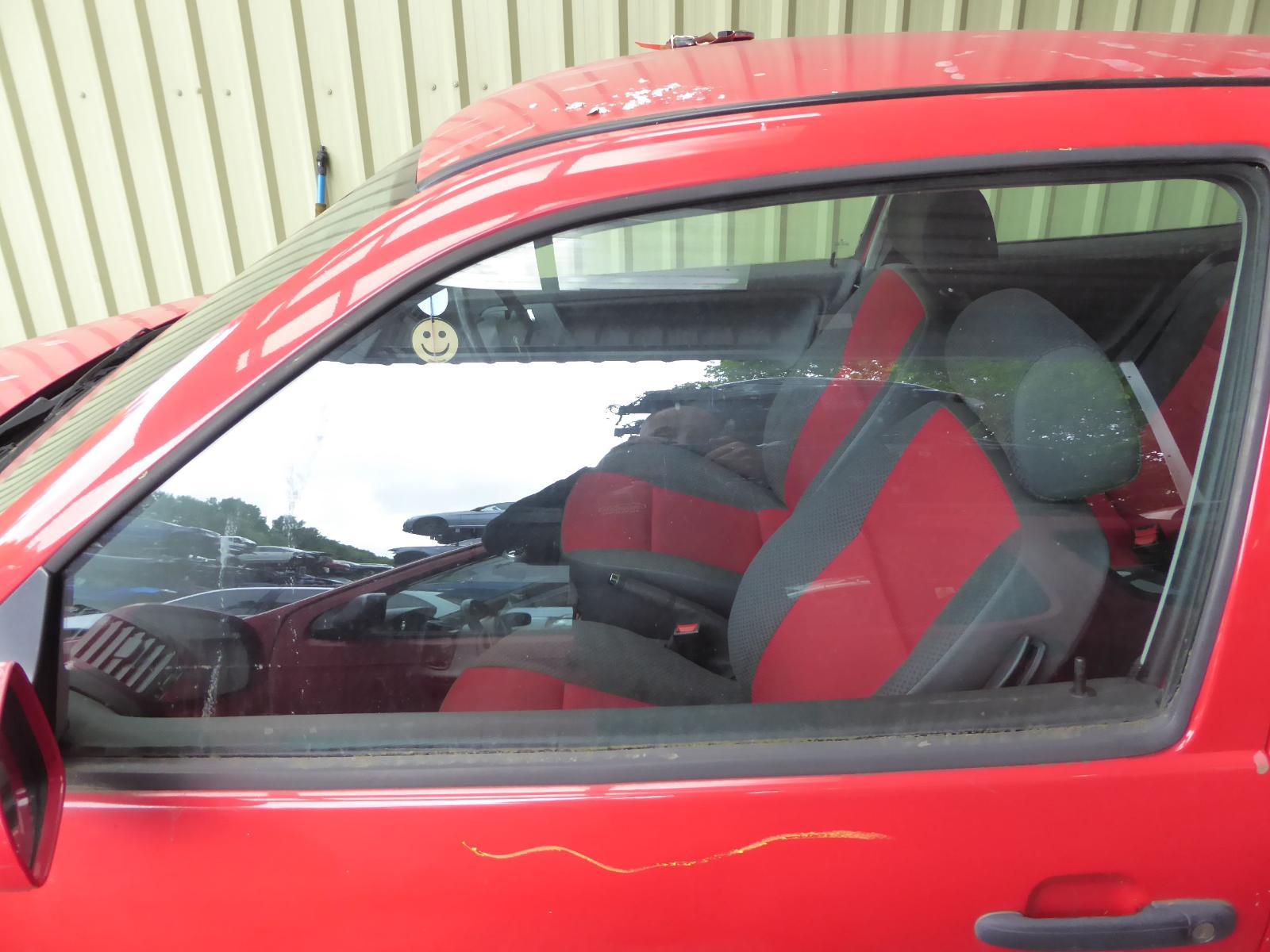 View Auto part LF Door Window VOLKSWAGEN POLO 2000