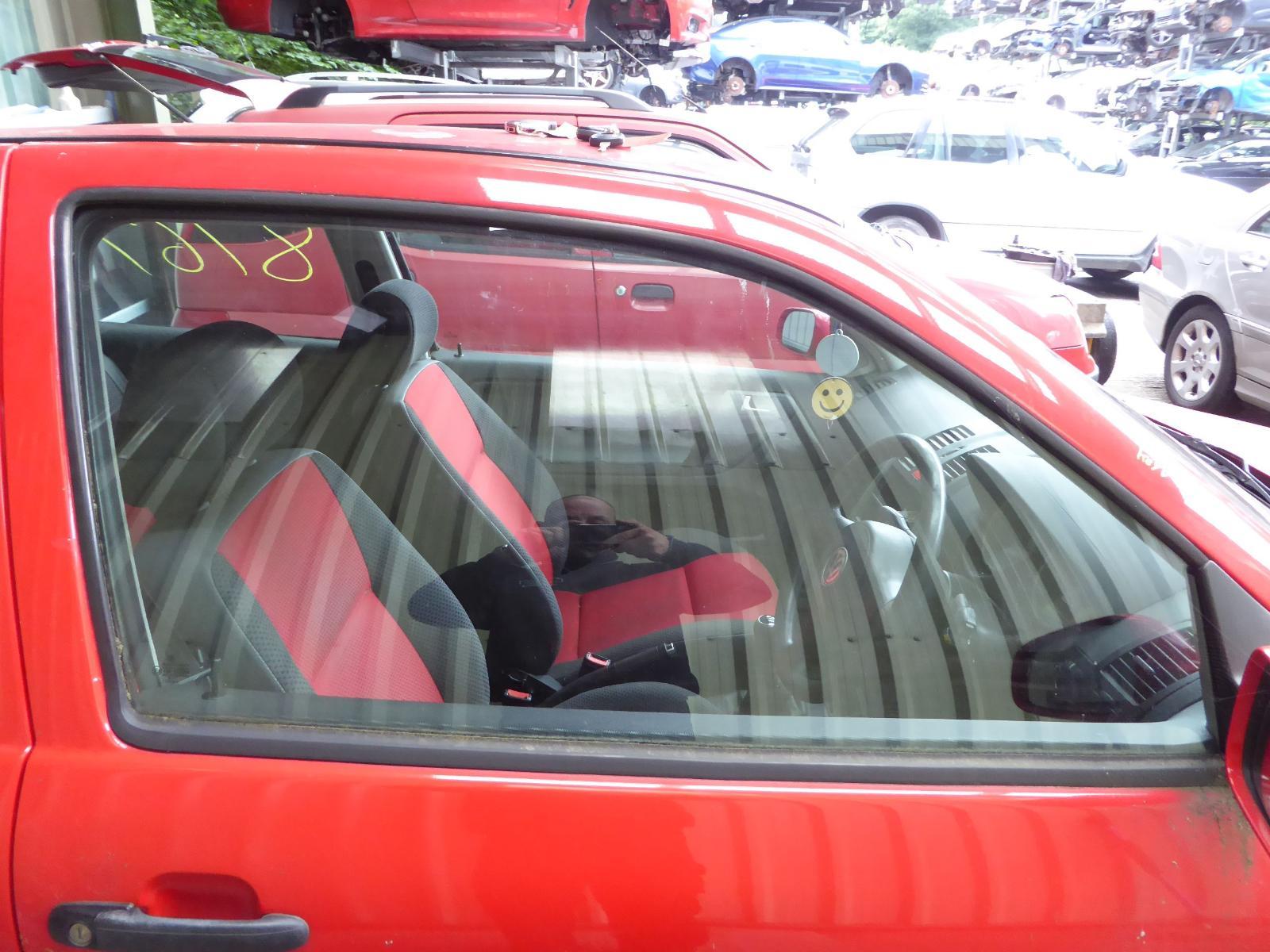 View Auto part RF Door Window VOLKSWAGEN POLO 2000