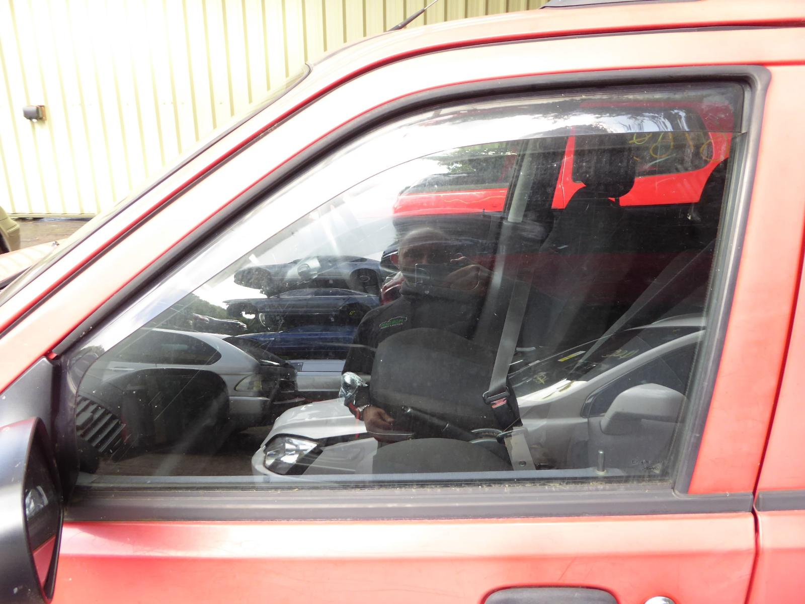 View Auto part LF Door Window SUZUKI IGNIS 2003