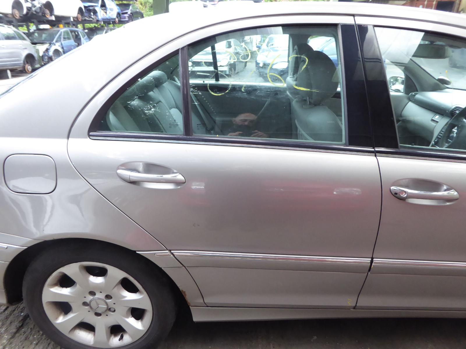 View Auto part R Rear Door MERCEDES C CLASS 2005
