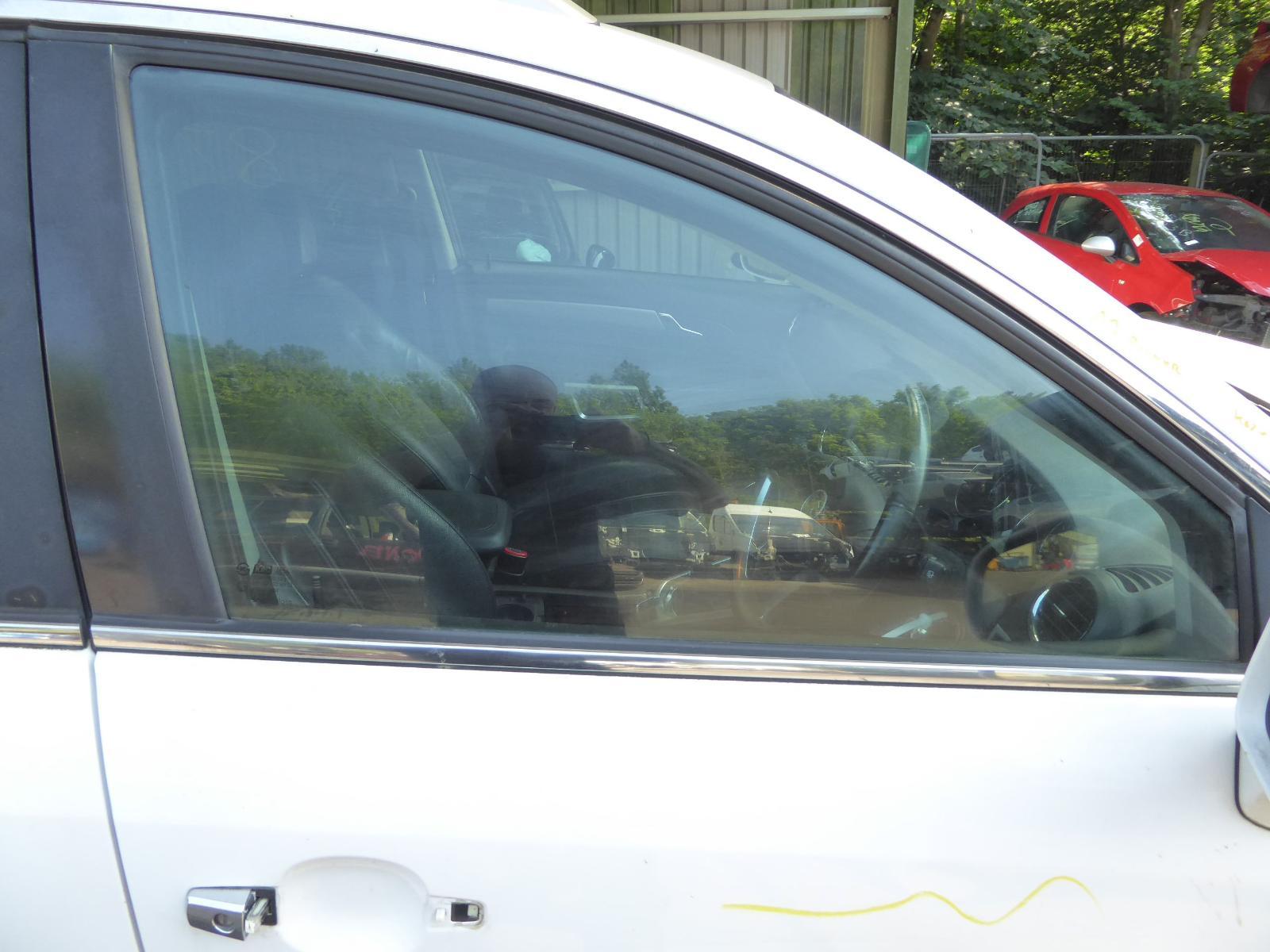View Auto part RF Door Window VAUXHALL ANTARA 2012