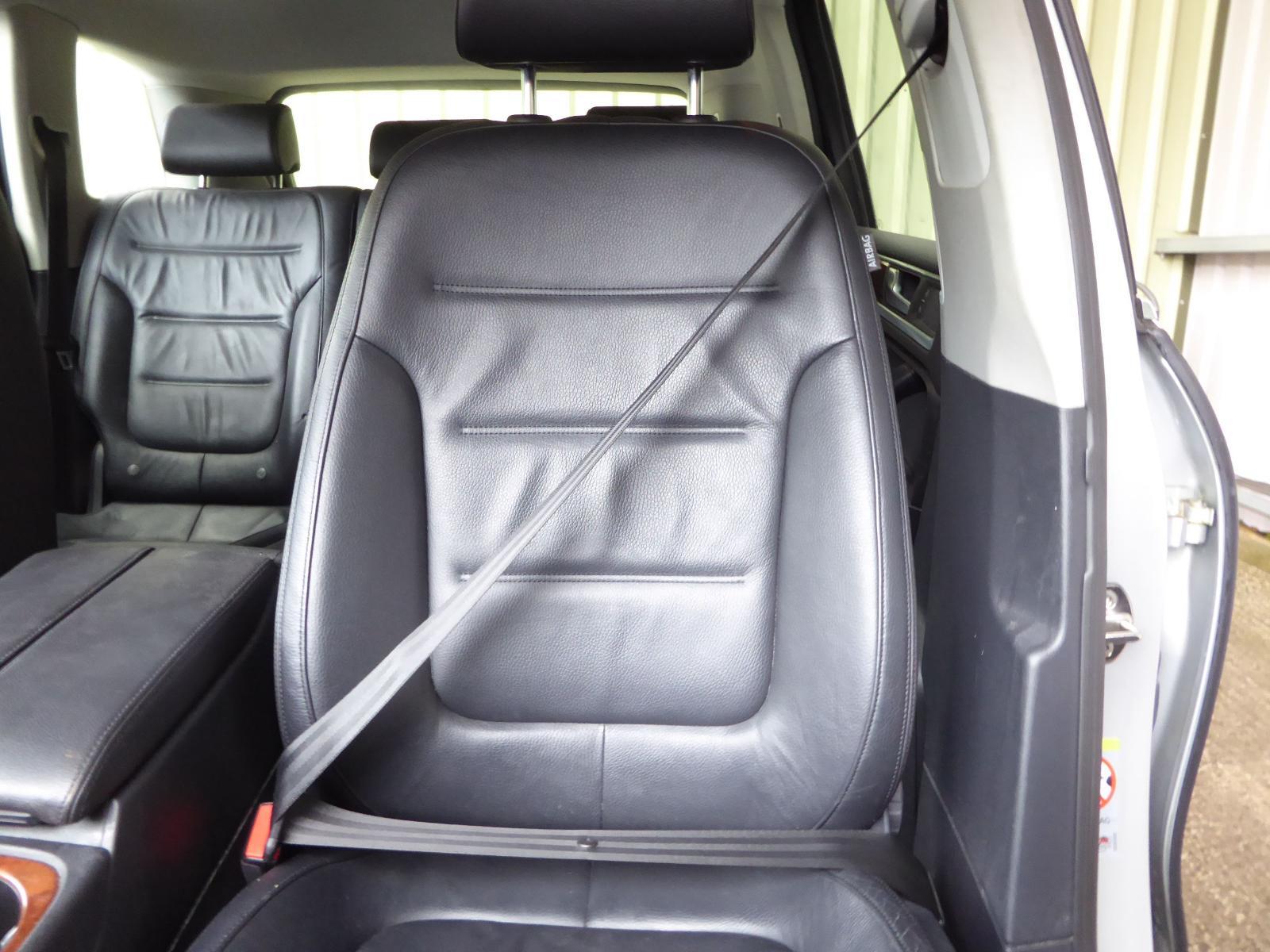 View Auto part Seat Belt VOLKSWAGEN TOUAREG 2012