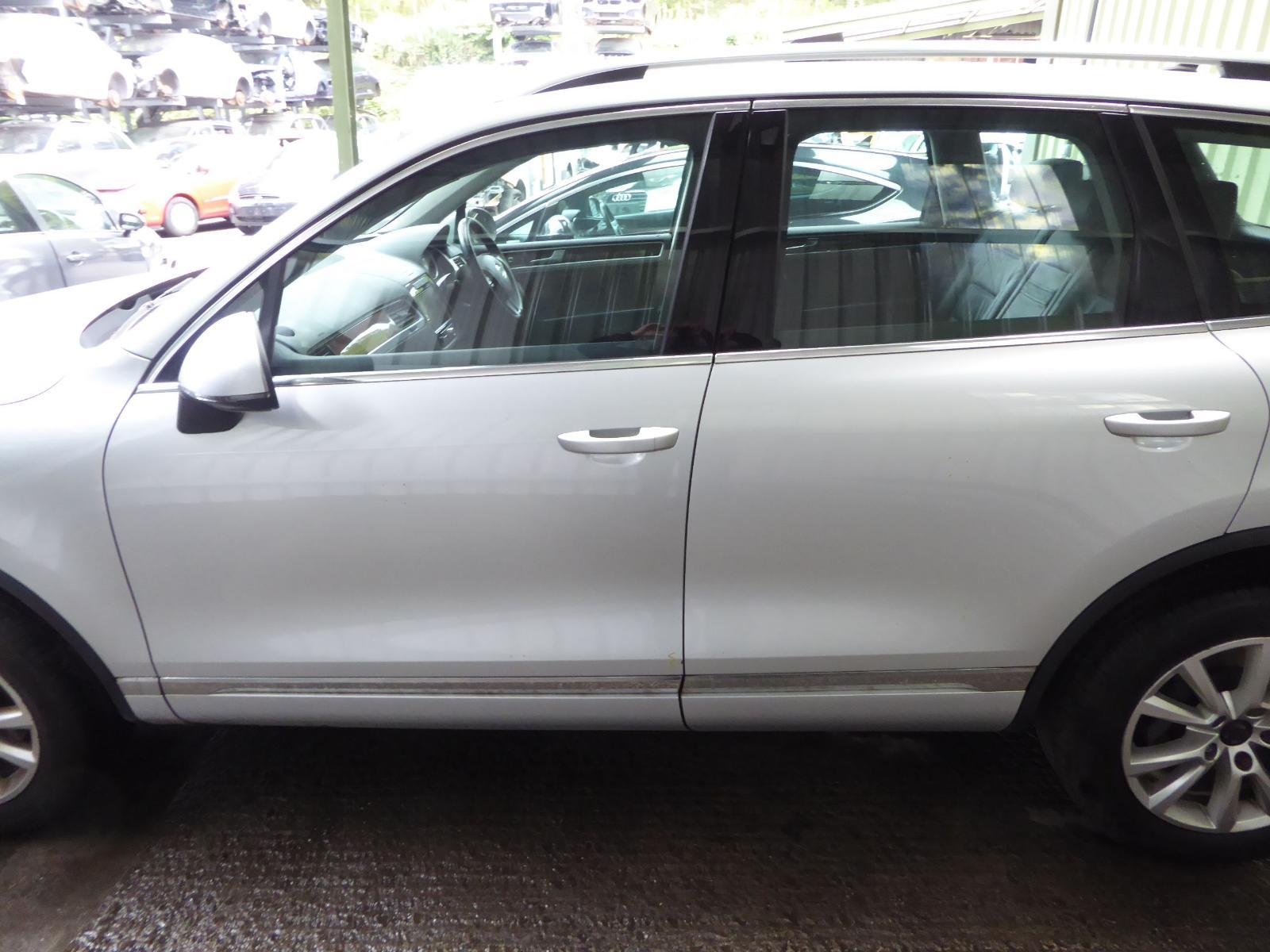 View Auto part LF Window Regulator VOLKSWAGEN TOUAREG 2012