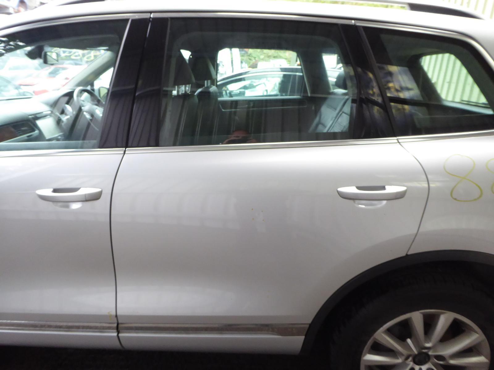 View Auto part L Rear Door VOLKSWAGEN TOUAREG 2012
