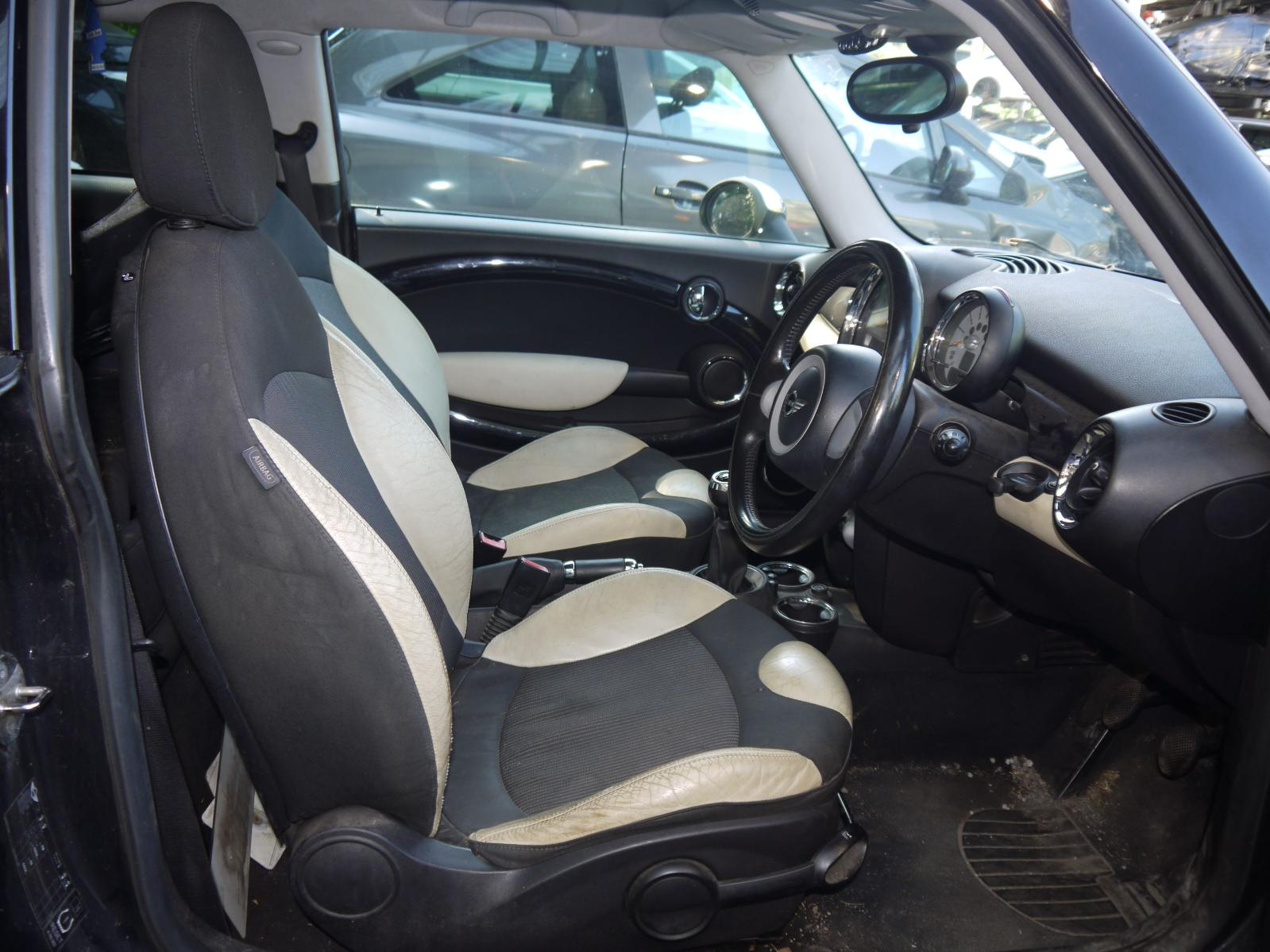 View Auto part Seat Belt MINI (BMW) MINI 2007