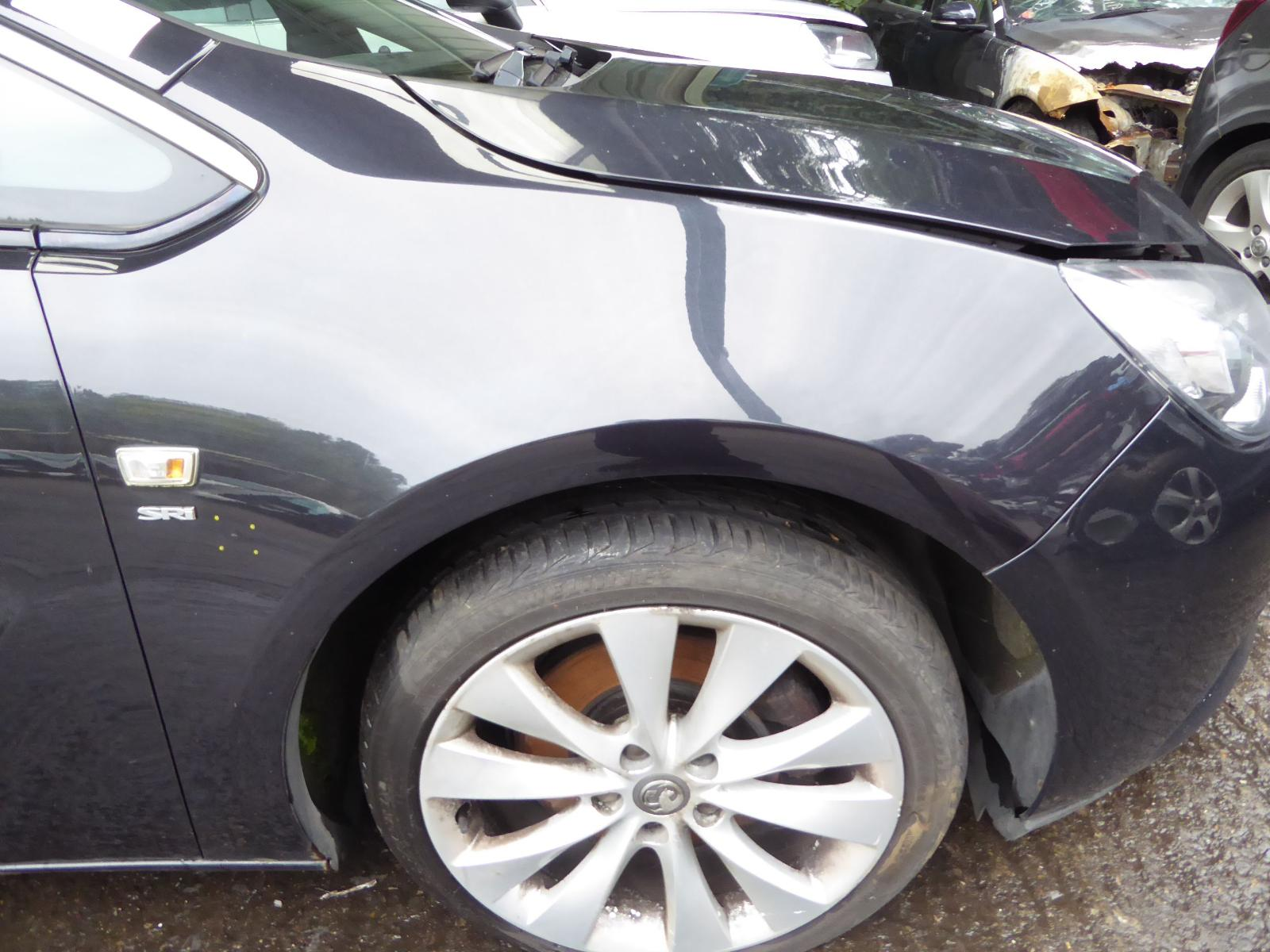 View Auto part R Wing VAUXHALL ASTRA 2012