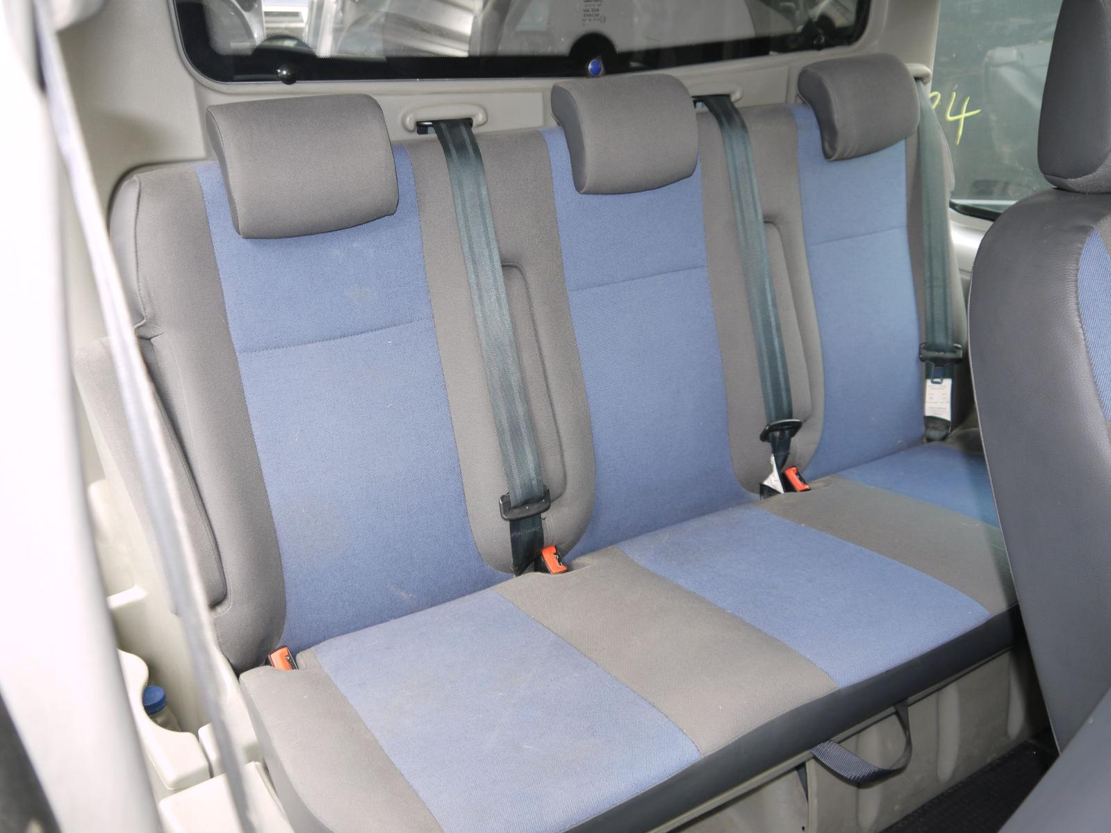 View Auto part 2ND_SEAT_REAR_SEAT RENAULT TRAFIC 2011