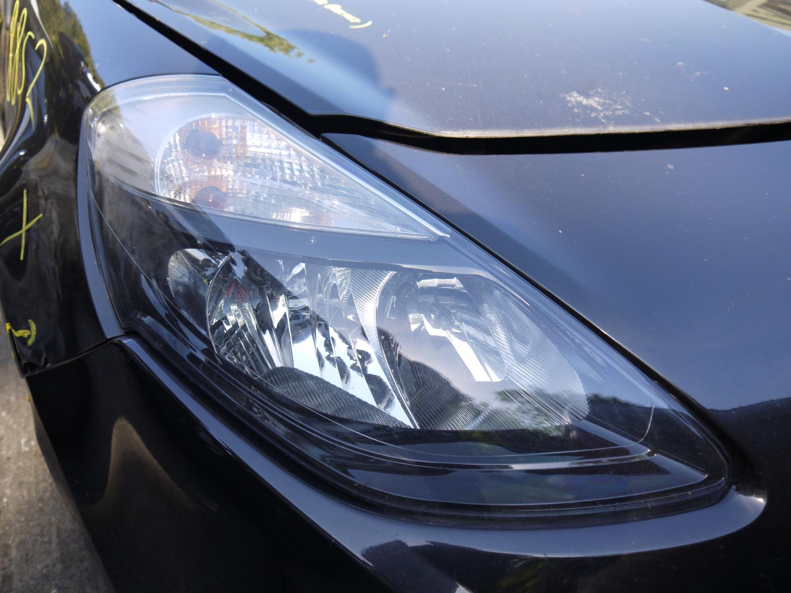 View Auto part R Headlamp RENAULT CLIO 2010