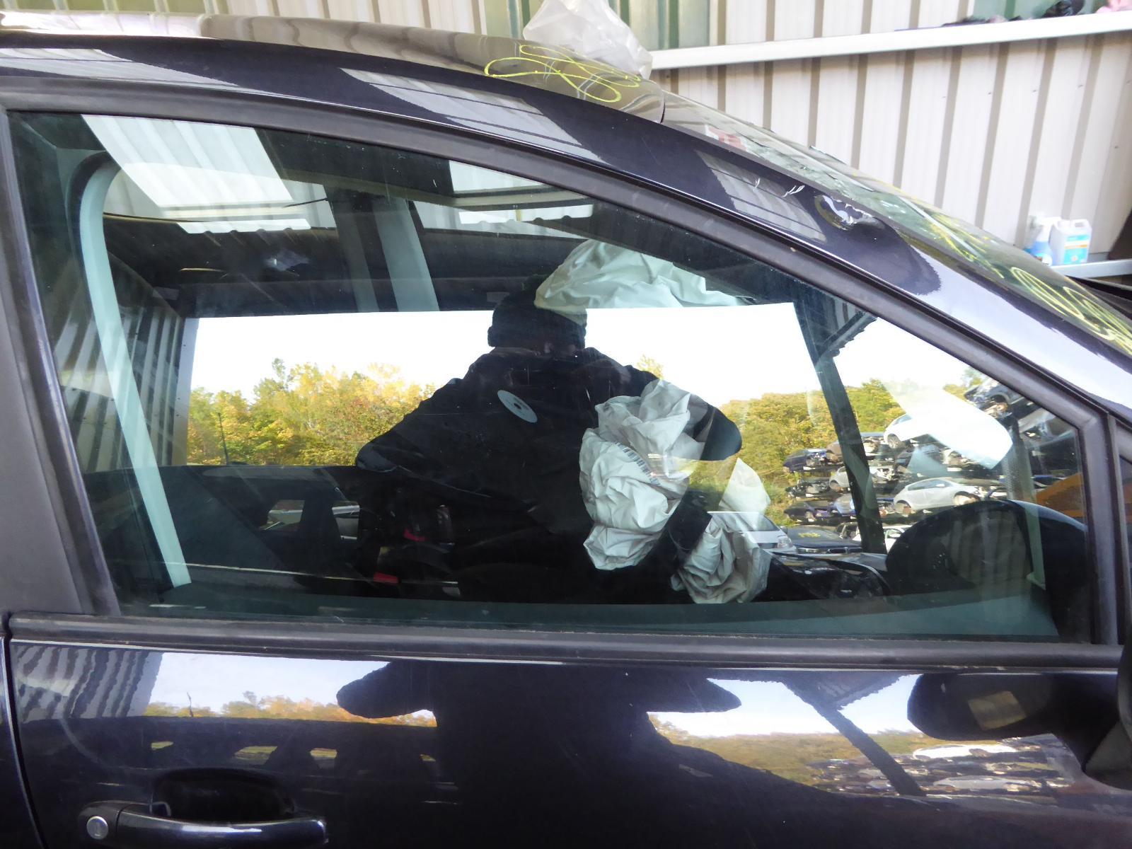 View Auto part RF Door Window SEAT IBIZA 2011