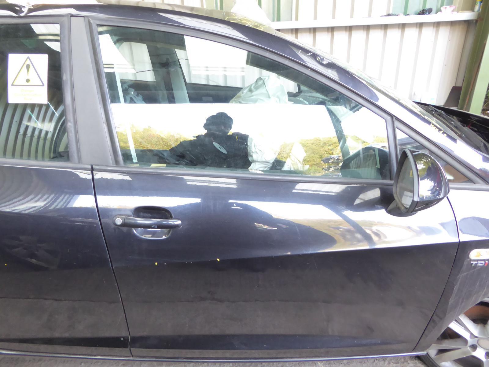View Auto part R Front Door SEAT IBIZA 2011