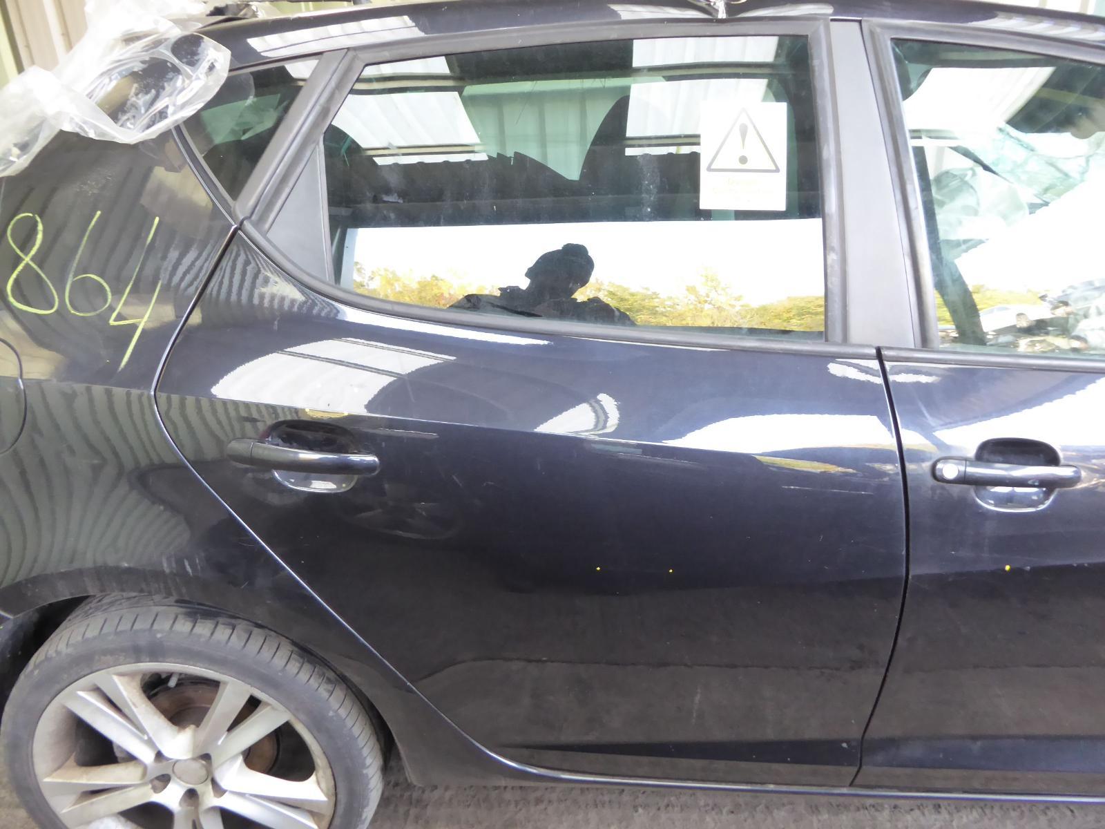 View Auto part R Rear Door SEAT IBIZA 2011