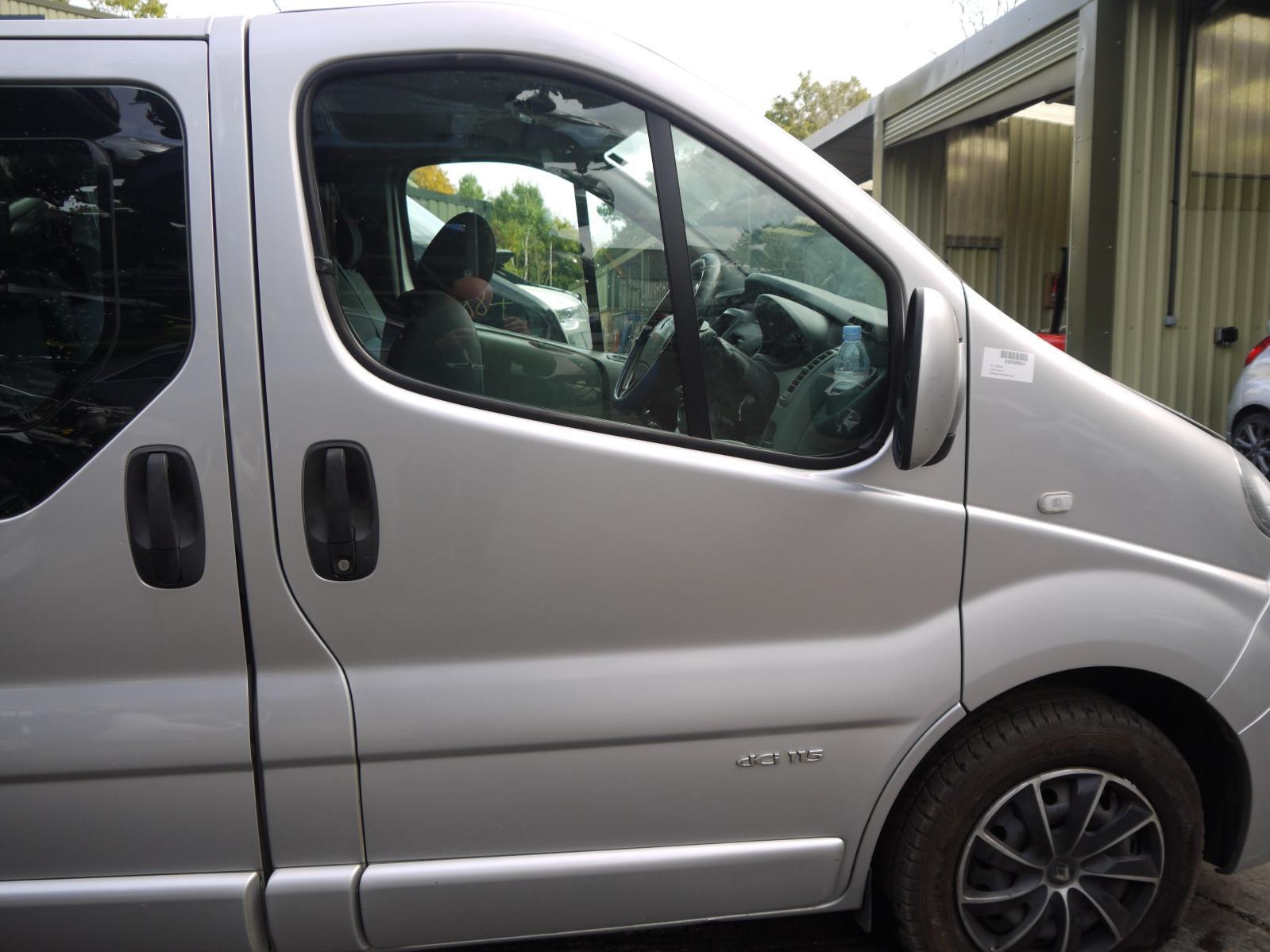 View Auto part RF Window Regulator RENAULT TRAFIC 2011
