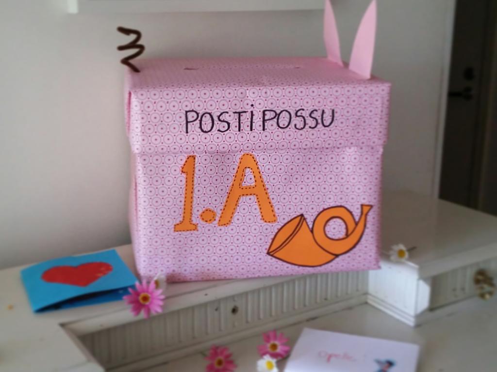 Sanoma Pron askarteluvinkki alakouluun Postipossu