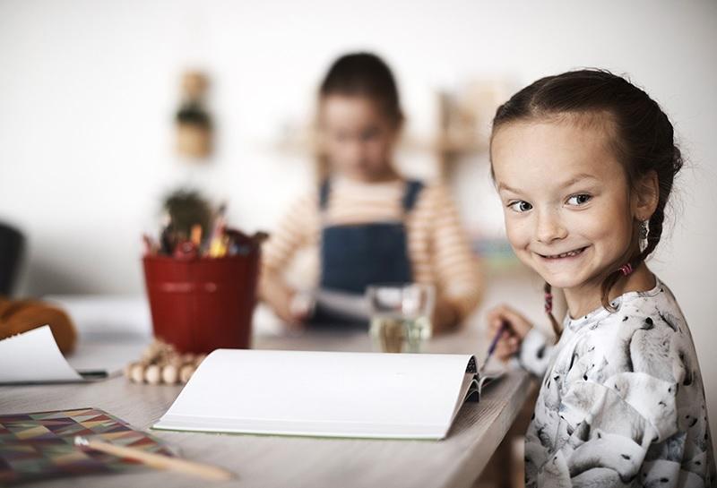 Tue taitoja: Näin keskittymiskyky ja vuorovaikutustaidot kehittyvät