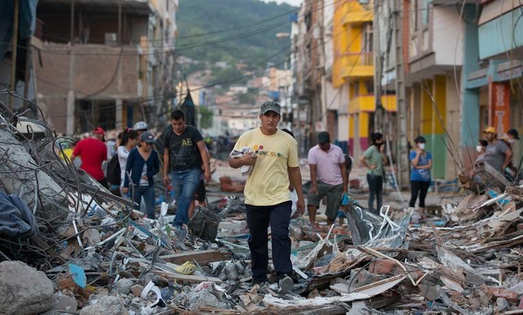 Samaritan's Purse Rushing to Help Ecuador Quake Survivors