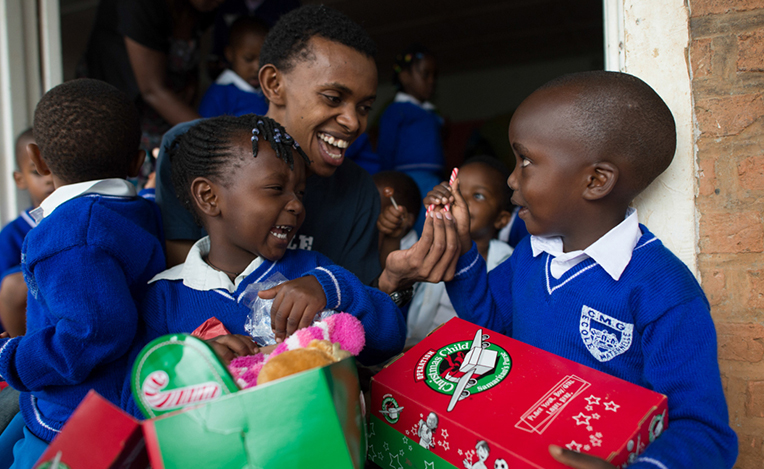 shoeboxes-bring-hope-header-web-page