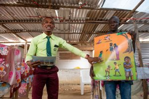 Pastor shares gospel using colourful picture guide