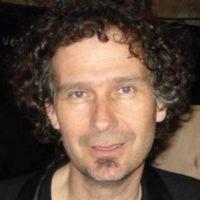 Yves Zbaeren avatar.