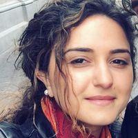 Zeina Akhdar avatar.