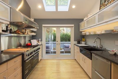 Kitchen layouts: 5 ideas from the experts | HomeByMe