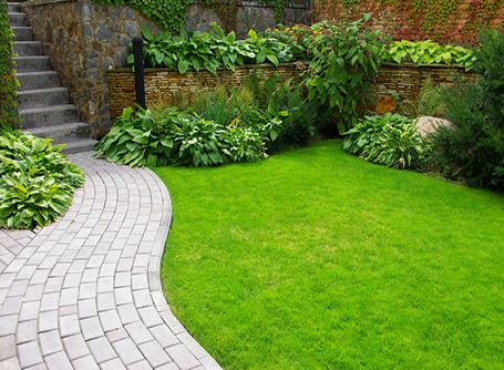 Design Tricks To Make Your Garden Look Bigger Homebyme