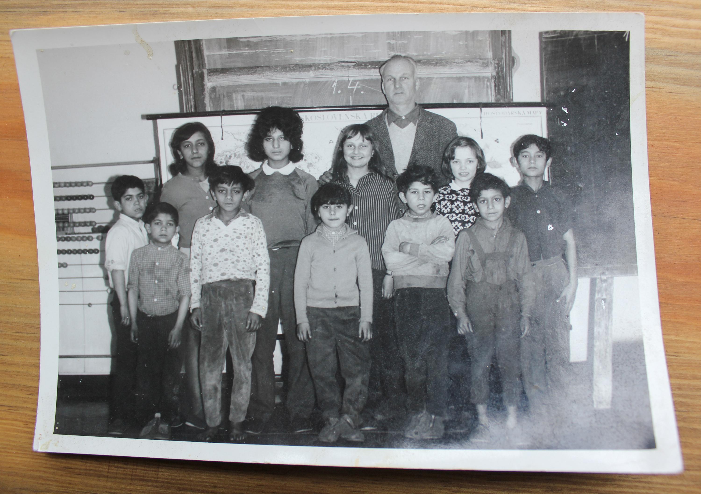 Children in school classroom, Srbska