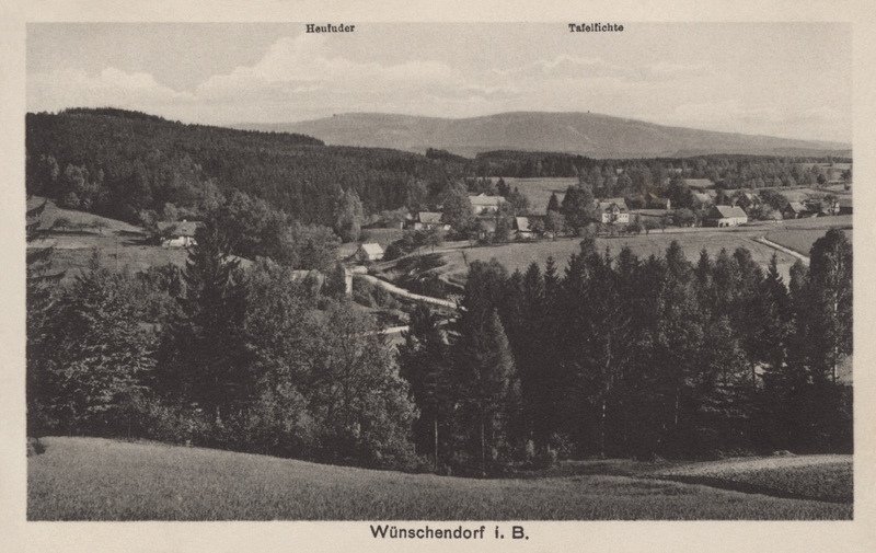 View of Wunschendorf and the Jizera mountains