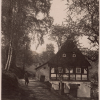 Man outside house in Wunschendorf