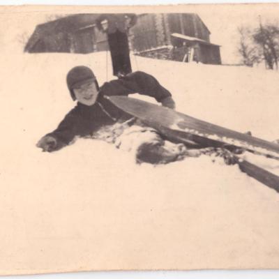 Boy skiing in Wunschendorf