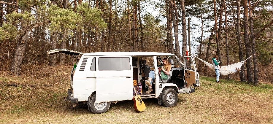 Economía Familiar: ¿Cómo elegir una buena póliza de seguro de furgoneta clásica?