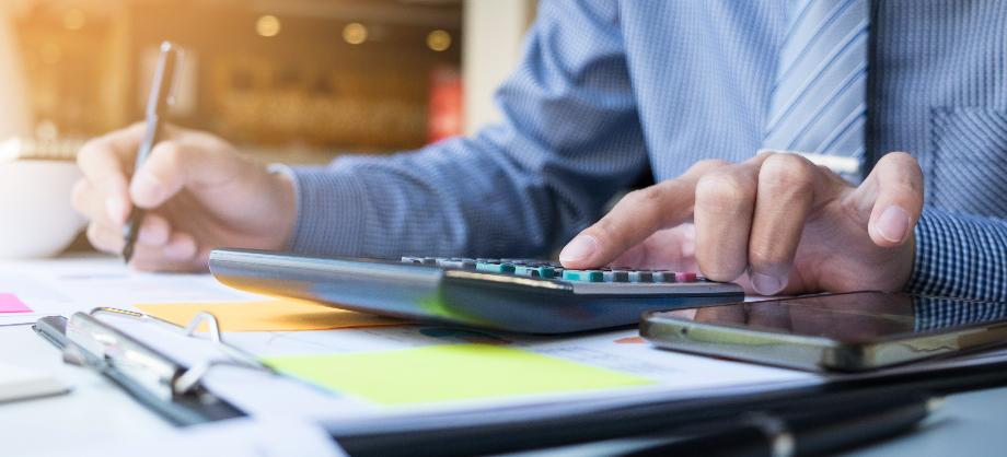 Como utilizar un calculador de seguros online