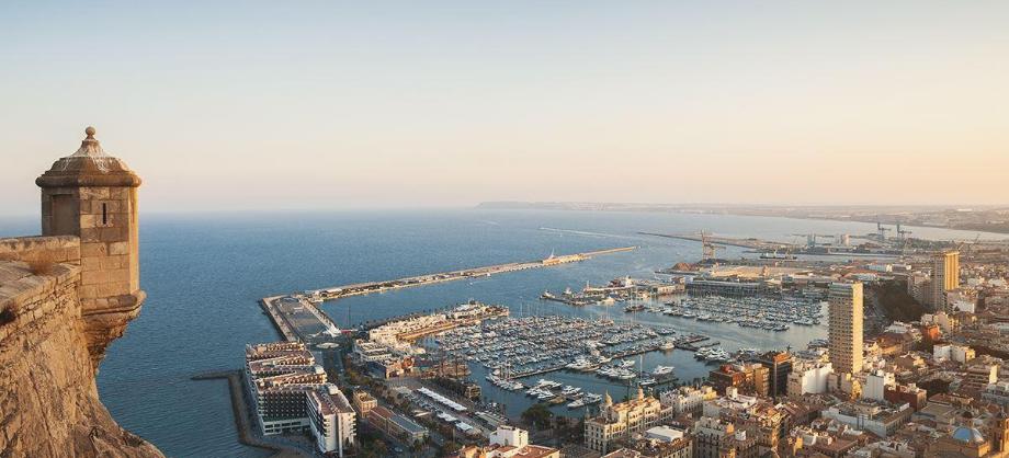 6 lugares para disfrutar de vacaciones en Alicante