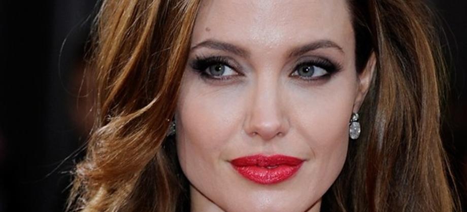 Actualidad: Angelina Jolie se somete a tratamientos láser de belleza