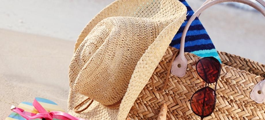 Salud y Medicina: Ítems infaltables del verano para el bolso playero