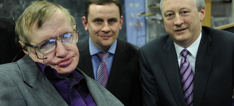 Ciencia: Stephen Hawking cuestiona el origen del universo