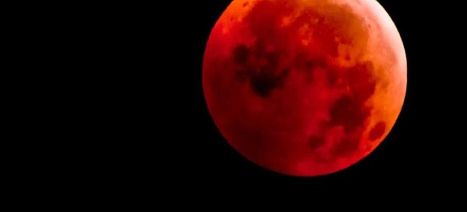 Ciencia: Eclipse de luna y lluvia de estrellas hoy