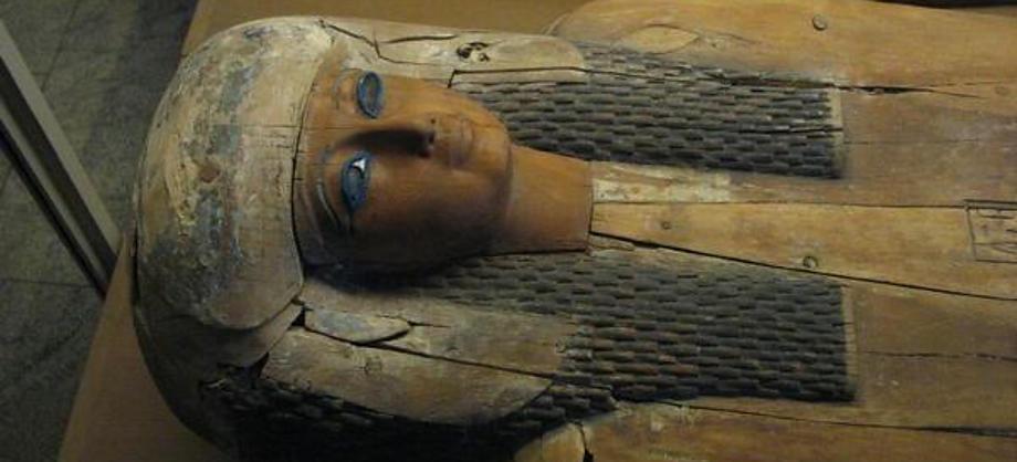 Ciencia: Hallan momia y sarcófago de cantora de Amón