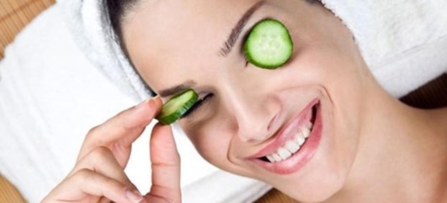 Familia y Hogar: Ojos hinchados al despertar ¿Cómo disminuir la inflamación?