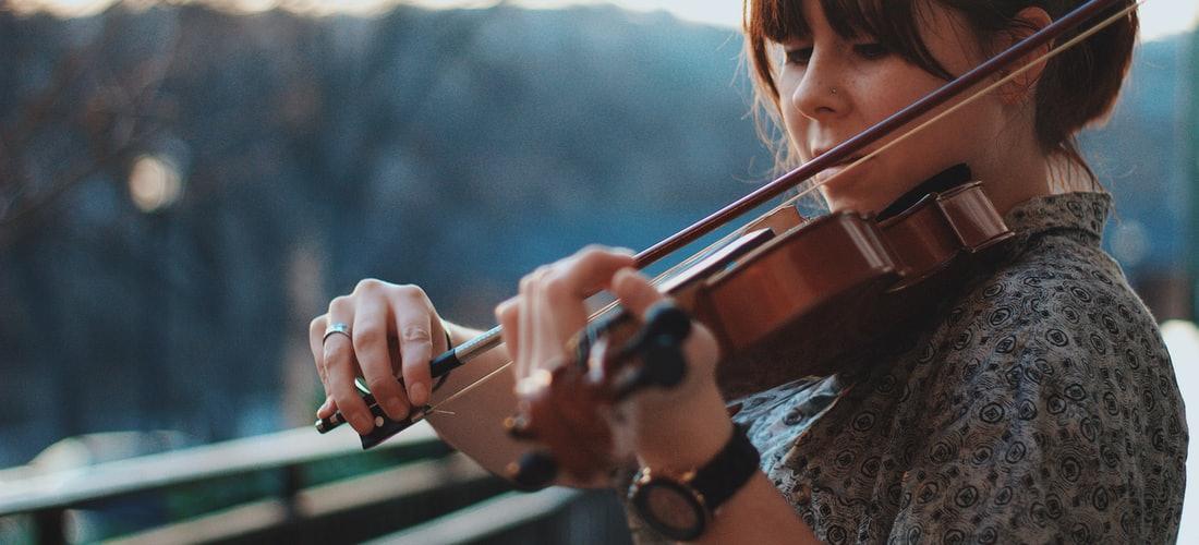 Música: 3 Razones por las Que Usted Debe Escuchar Musica y Canciones Mas a Menudo