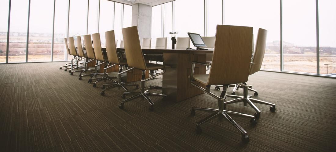 Búsqueda de Empleo: Las Prácticas Empresariales Como Trampolín Hacia su Primer Empleo
