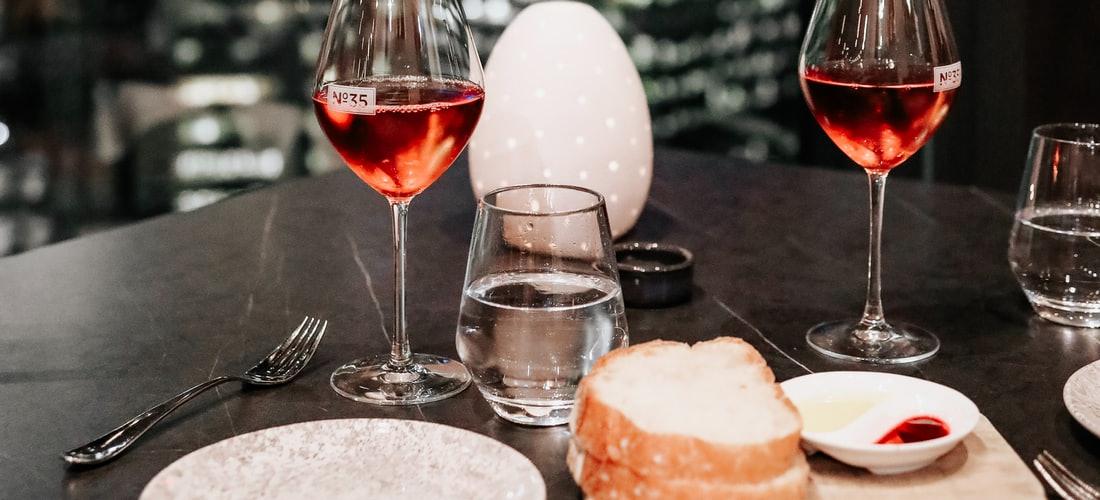 Gastronomía y Recetas: La Mejor Selección de Vinos Esta Online