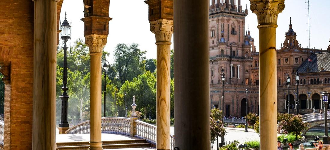 Gastronomía y Recetas: Cenas Gratis en Plaza Mayor de Málaga