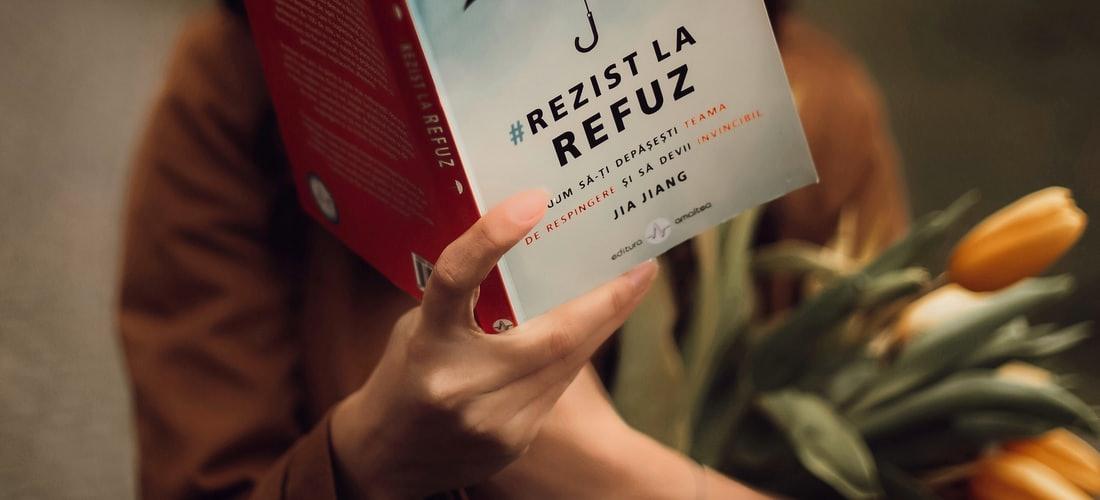Cultura Nacional: La Editorial Sureshot Books Envía Libros en Español a los Reclusos de las Prisiones