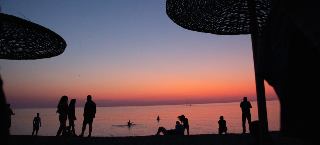 Baloncesto:  Hieroglifs Translations Romania Presta Asistencia a Jóvenes Deportistas